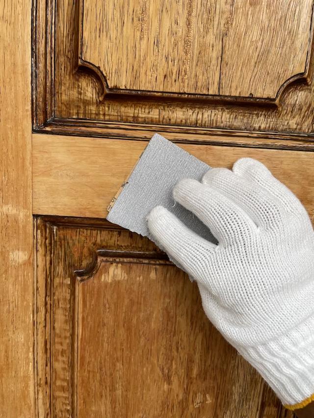 玄関ドア ケレン作業