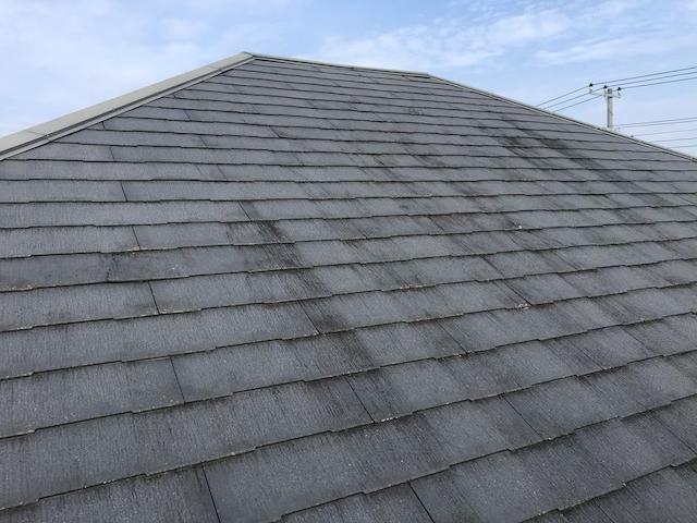 コロニアル屋根 高圧洗浄前