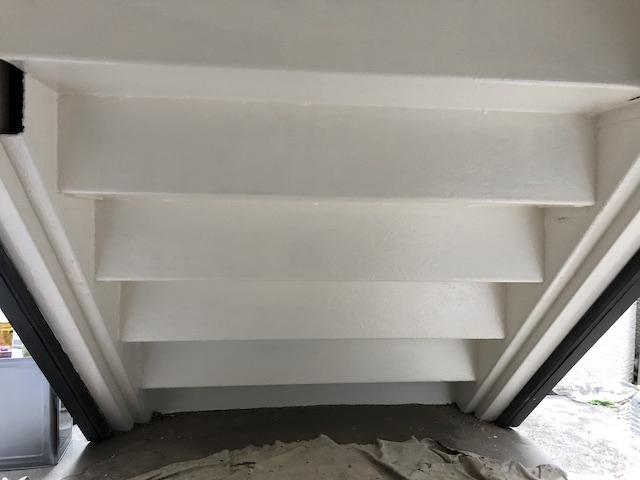 鉄骨階段 上塗り